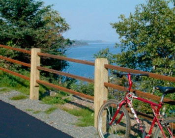 Bike Past the Beautiful North Shore Scenery